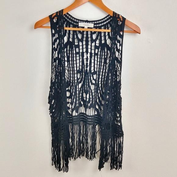 Love Tree Jackets & Blazers - 💘 Love Tree Boho Vest Knit Fringe Funky Large L